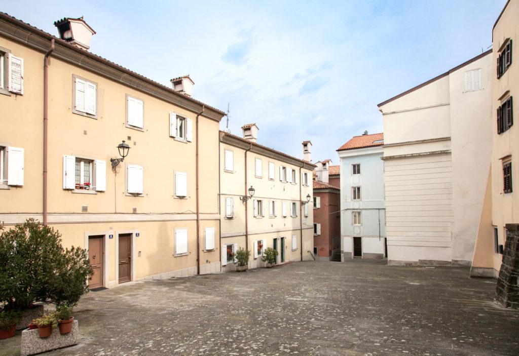 Bei Palazzi colorati in centro a Trieste
