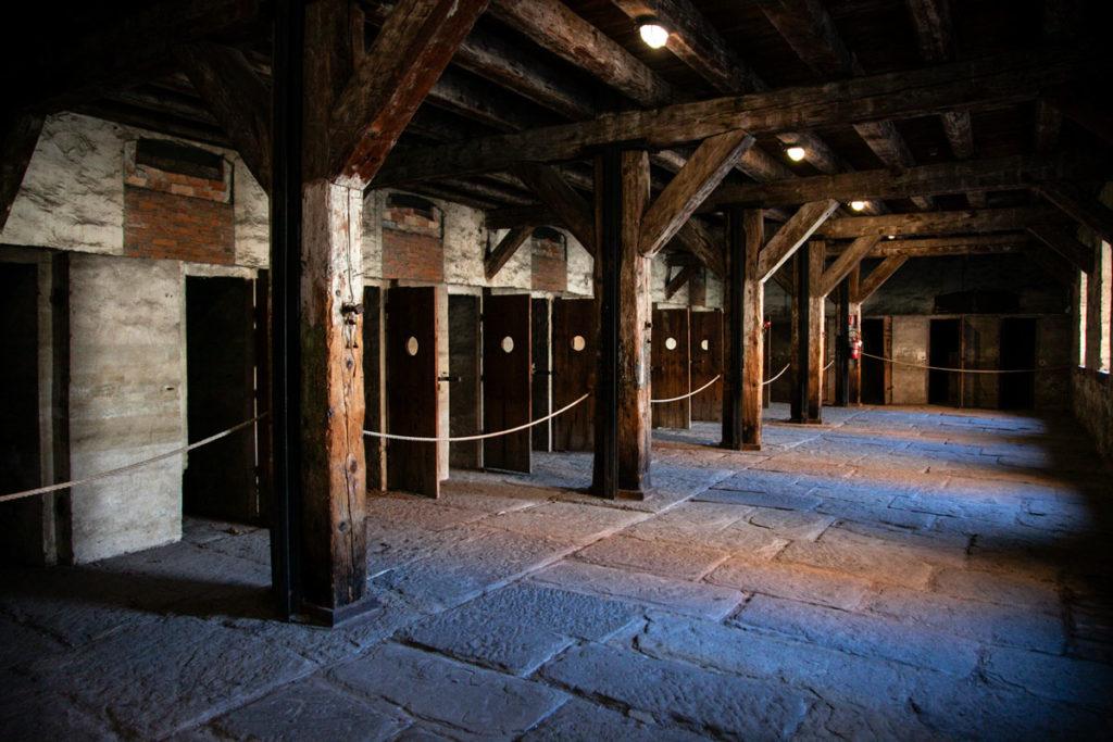 Celle e dormitori nel lager nazista di Trieste