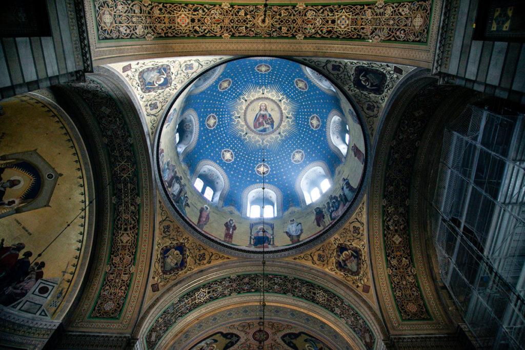 Cupola e decorazioni in oro - Chiesa Serbo Ortodossa di San Spiridione - Trieste