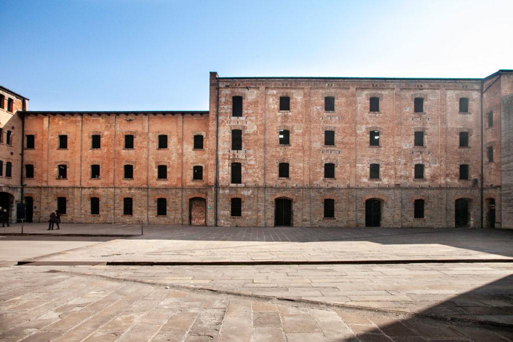 Edificio delle cellette e sala delle croci