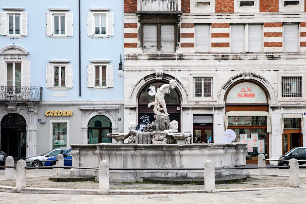 Fontana del Giovannin del Ponterosso a Trieste