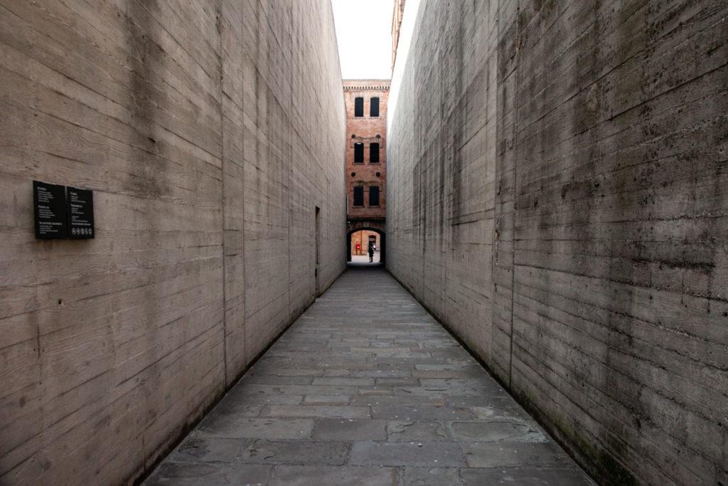 Ingresso alla Risiera di San Sabba di Trieste - luoghi della memoria