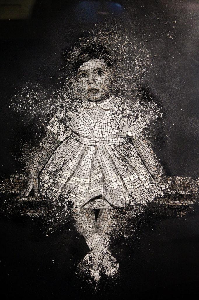 Innocent - ma tutto ciò lentamente svanirà di Raffaella Ceccarossi - Mosaico a Ravenna