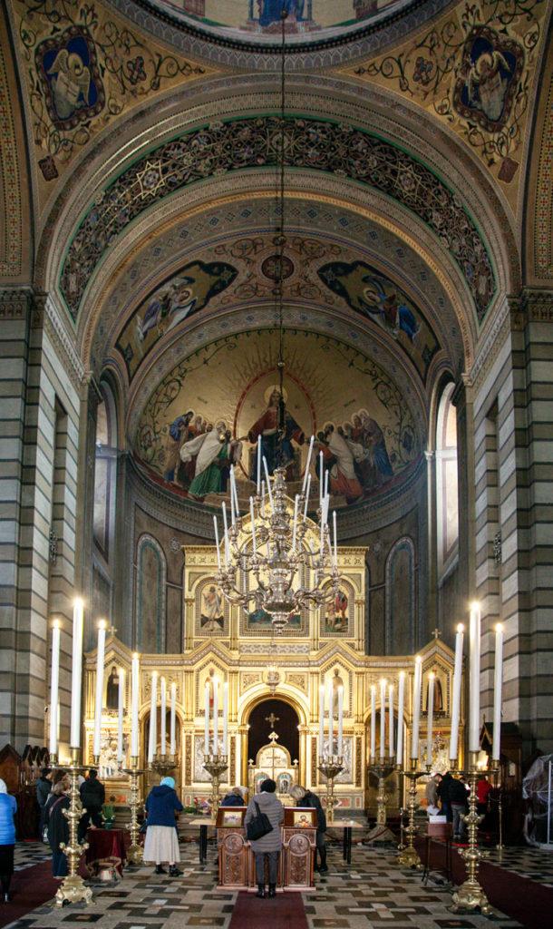 Lampadario in Argento - interni della Chiesa di San Spiridione a Trieste