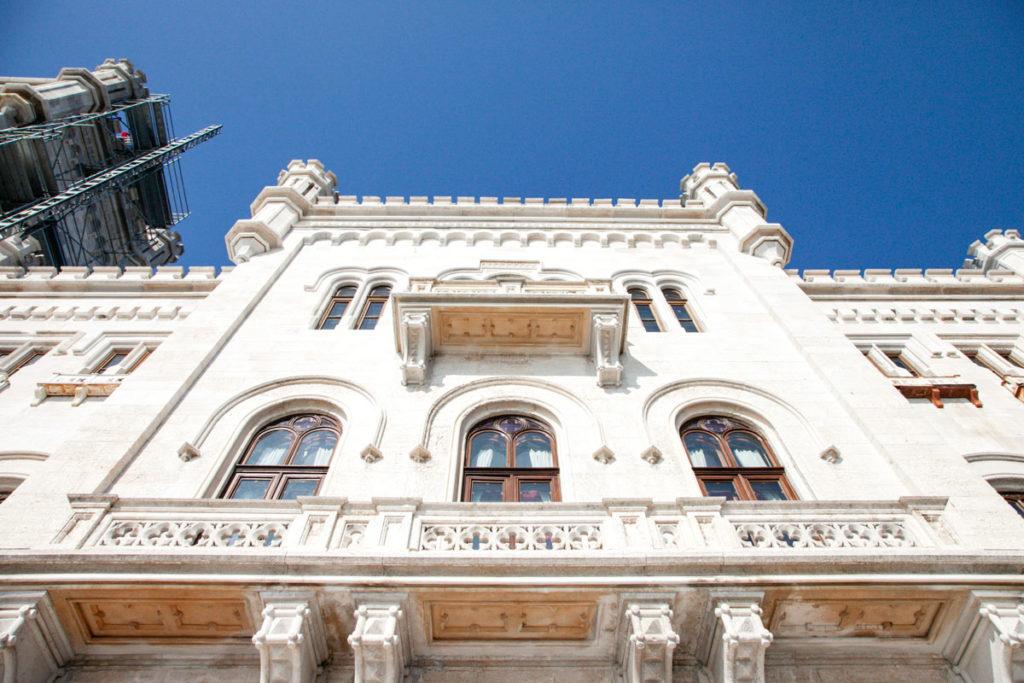 Merletti sul castello di Miramare di Trieste