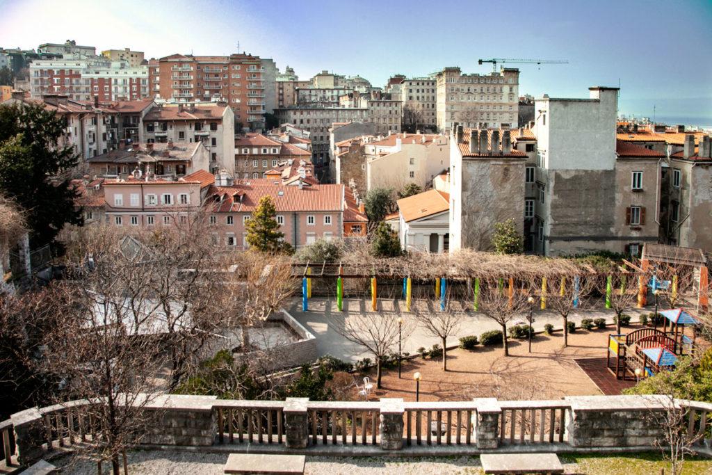 Panorama sui palazzi del centro di Trieste