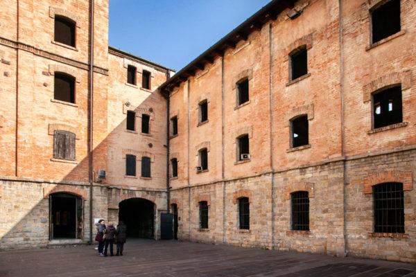 Sala delle celle verso ingresso al lager di Trieste