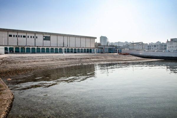 Stabilimento balneare el Pedocin - Muro di divisione spiaggia e mare