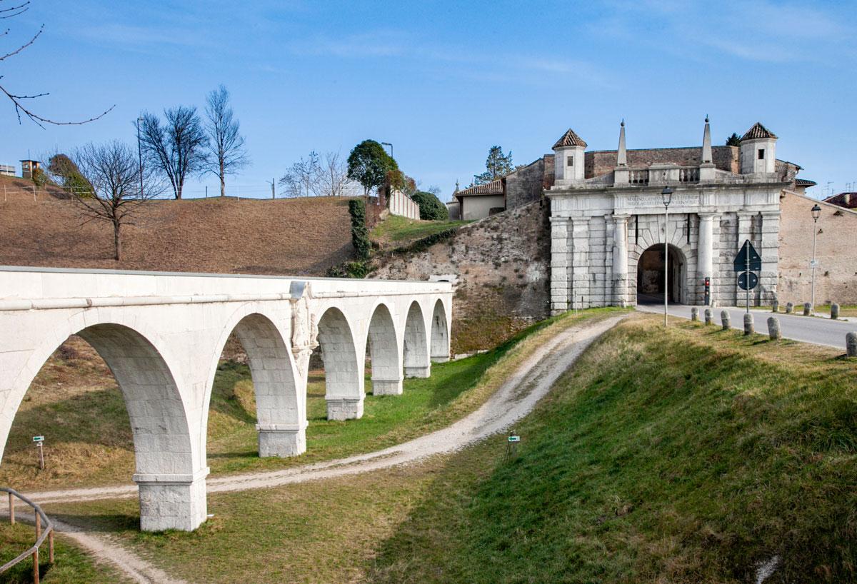 Acquedotto Veneziano di Palmanova e Porta Udine
