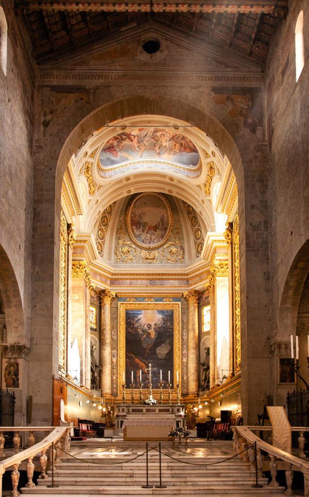 Altare del duomo di Pistoia sopra a Cripta