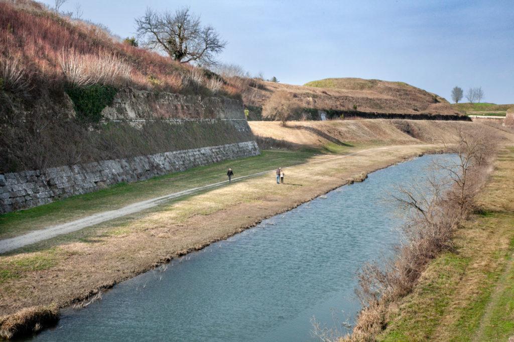 Bassa Vegetazione e natura fuori dalle mura storiche