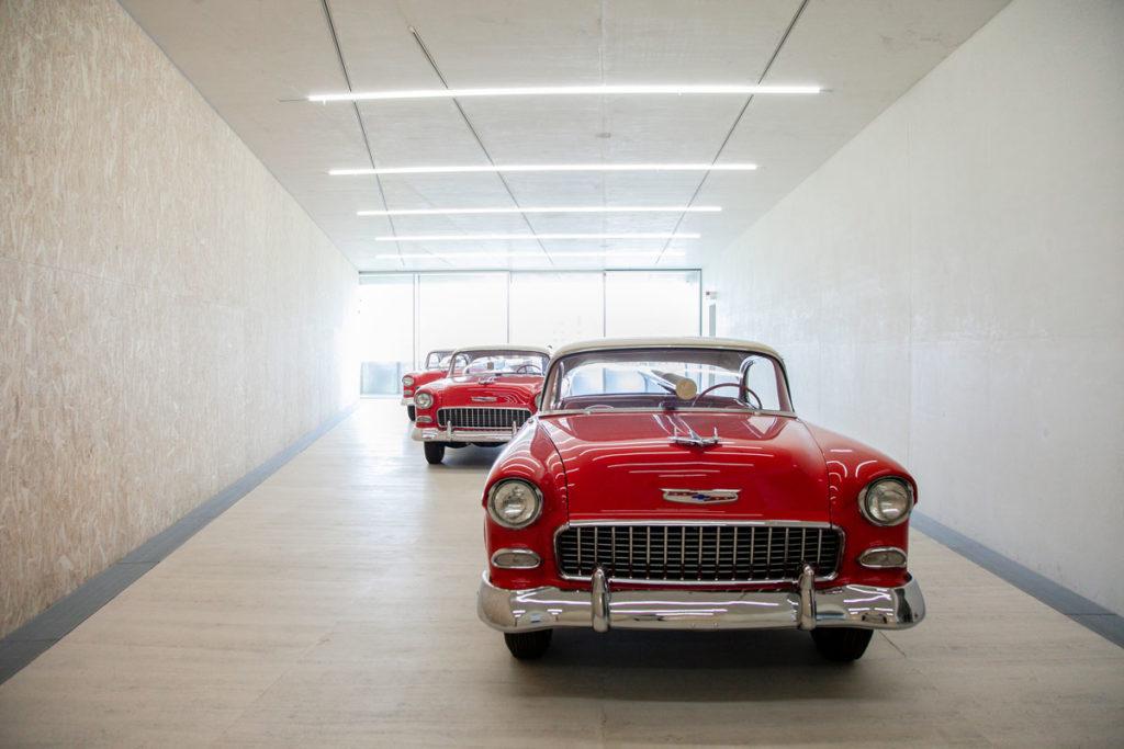 Bel Air Trilogy di Walter de Maria a Fondazione Prada