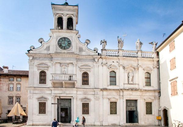 Facciata cappella e chiesa di San Giacomo di Udine