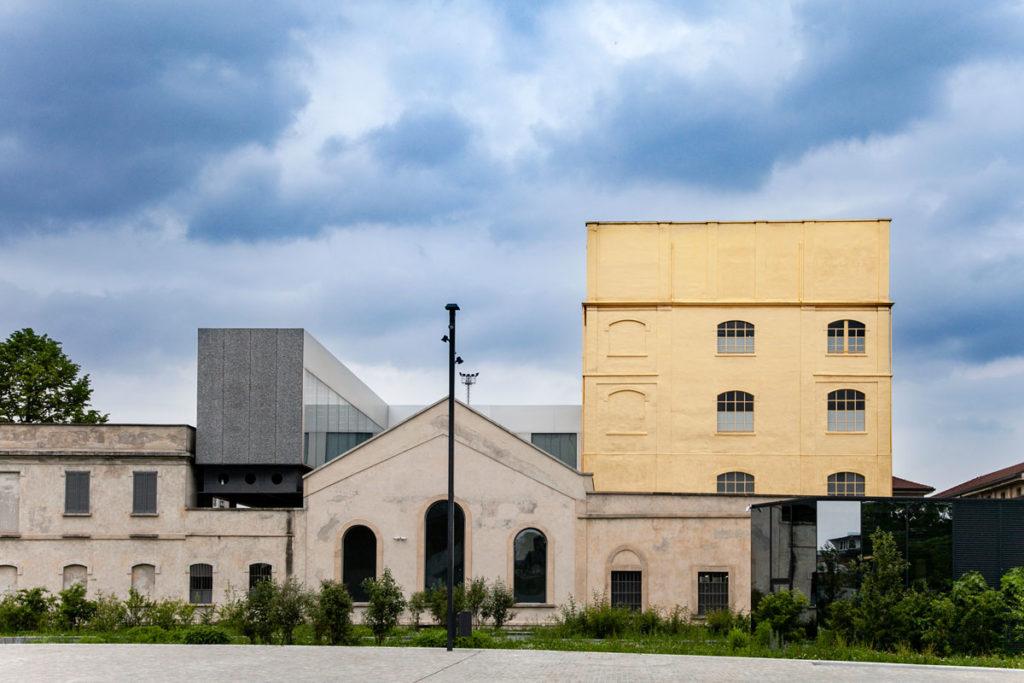 Haunted House - La casa oro di Fondazione Prada a Milano
