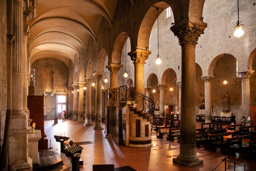 Navate interne della Cattedrale di San Zeno - Duomo di Pistoia