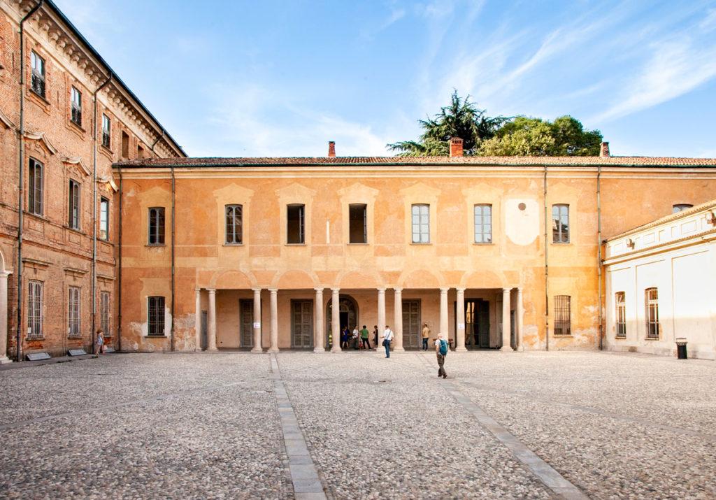 Palazzo Cinquecentesco e Porticato - Villa Litta Lainate