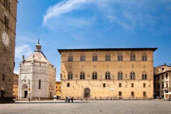 Palazzo Pretorio e Battistero di San Giovanni in Corte - Pistoia