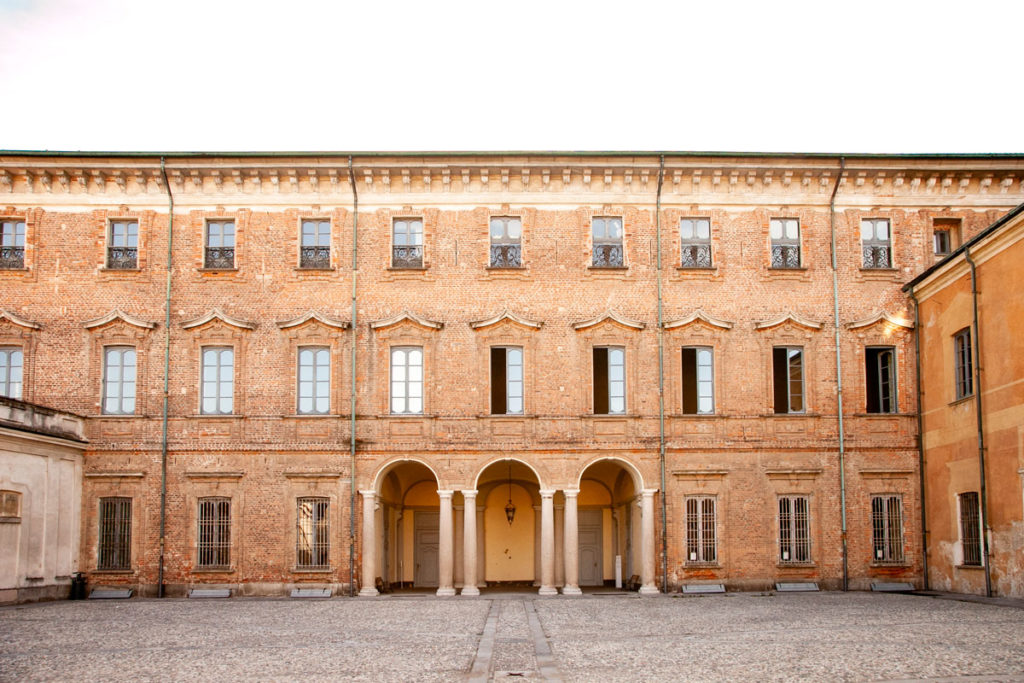 Palazzo Settecento e Porticato - Villa Litta Lainate