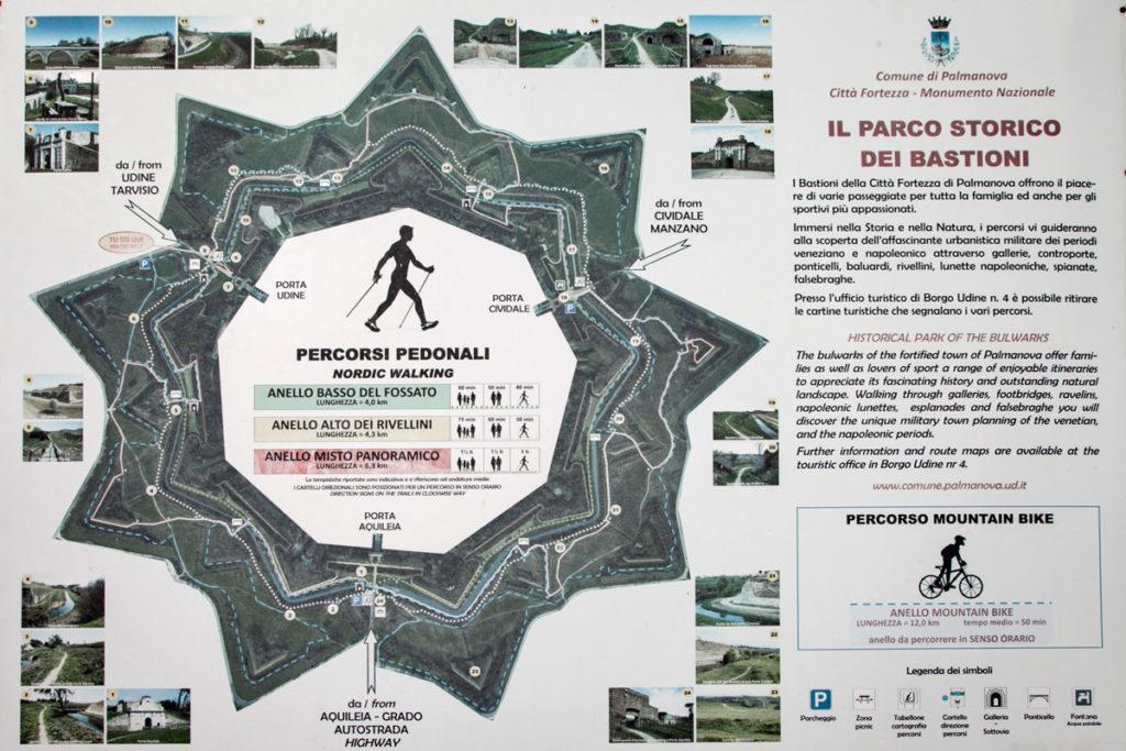 Percorsi a stella nel perimetro del centro storico di Palmanova