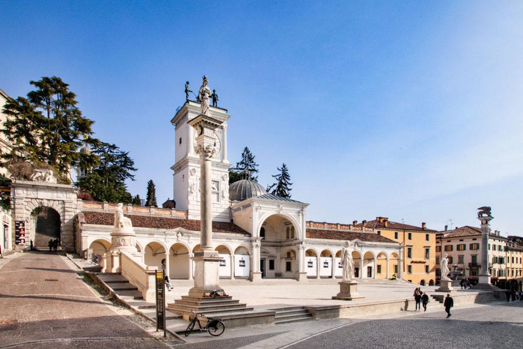 Piazza della Libertà di Udine - Loggia di San Giovanni e Arco Bollani