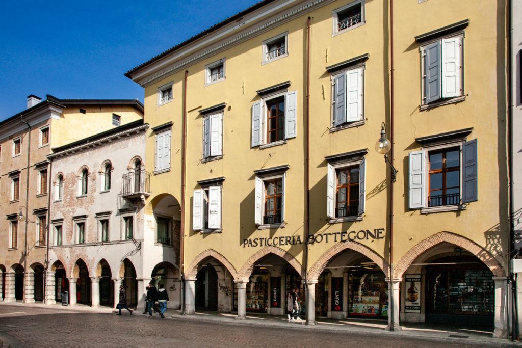 Portici del centro storico di Udine