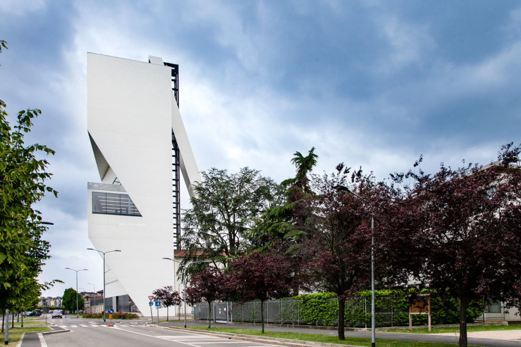 Torre di 60 metri - Progettata da Rem Koolhaas e studio OMA