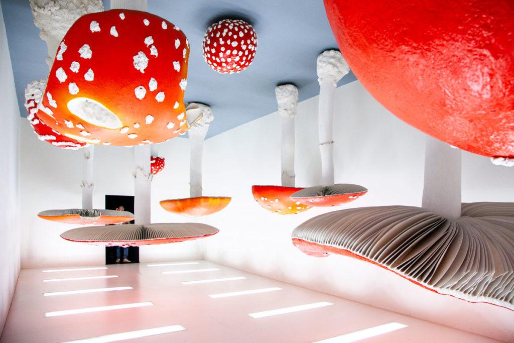 Upside Down Mushroom Room di Carsten Holler - Atlas a Fondazione Prada