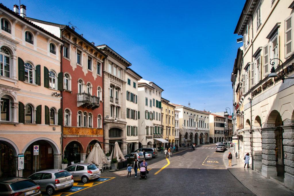 Via Mercatovecchio e Palazzo del Monte di Pietà