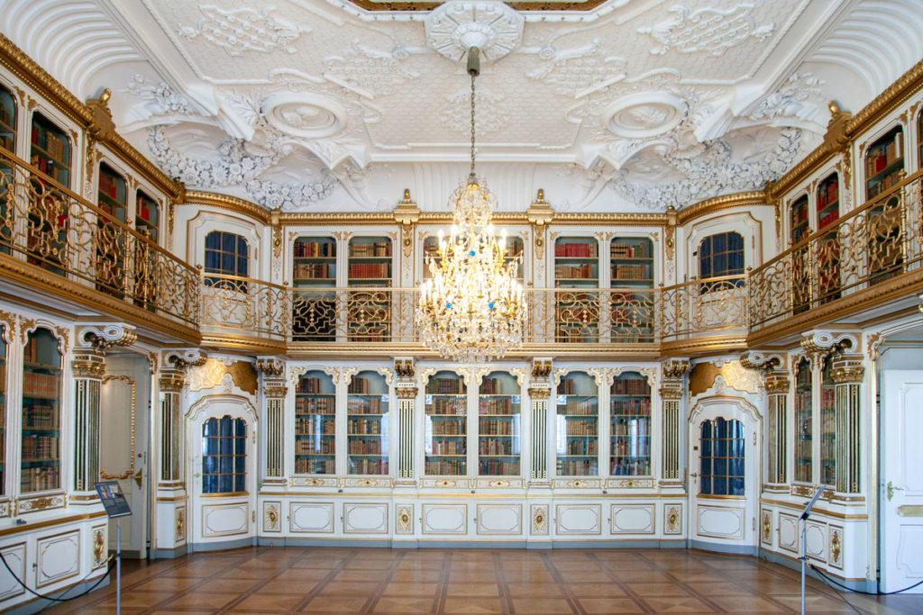 Biblioteca della Regina dentro agli appartamenti reali di Christiansborg Slot
