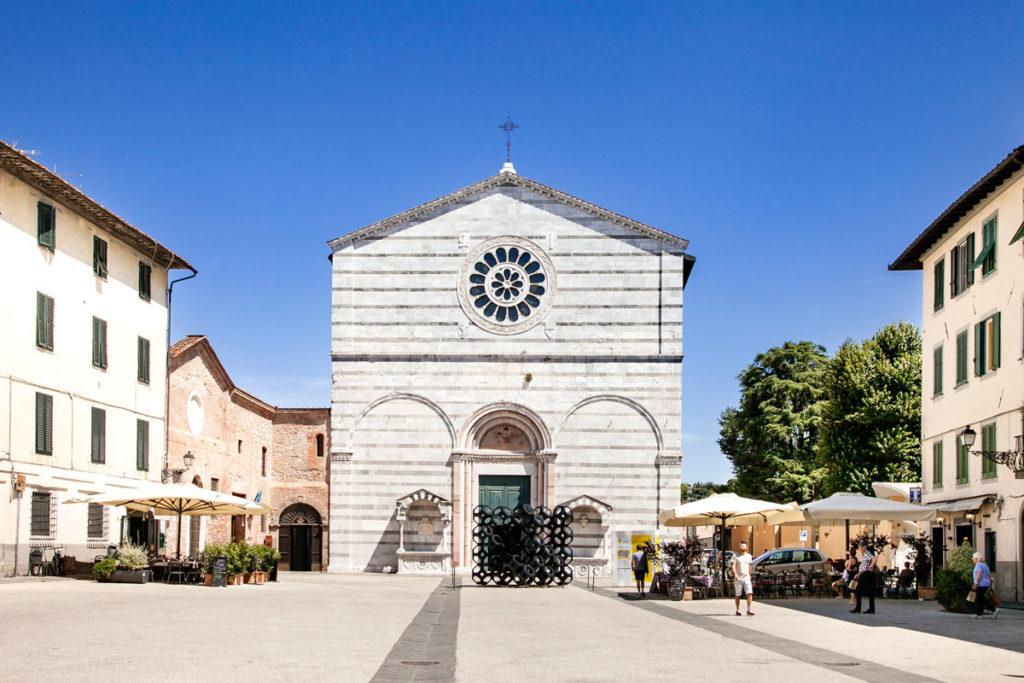 Chiesa di San Francesco di Lucca - Facciata