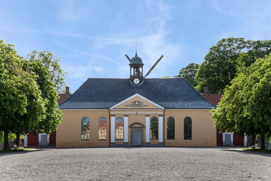 Chiesa su Kastellet