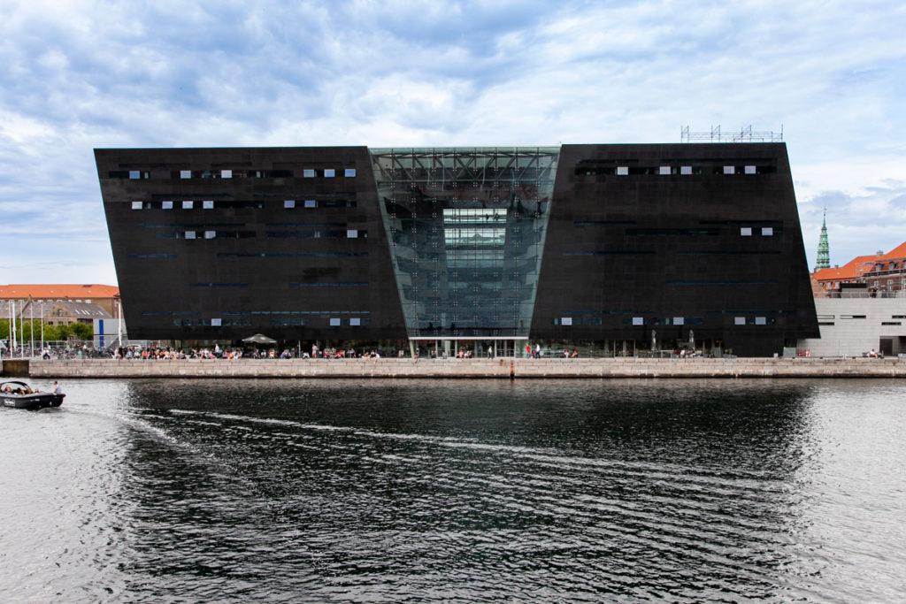 Edificio nero della Biblioteca reale di Copenaghen - The Black Diamond