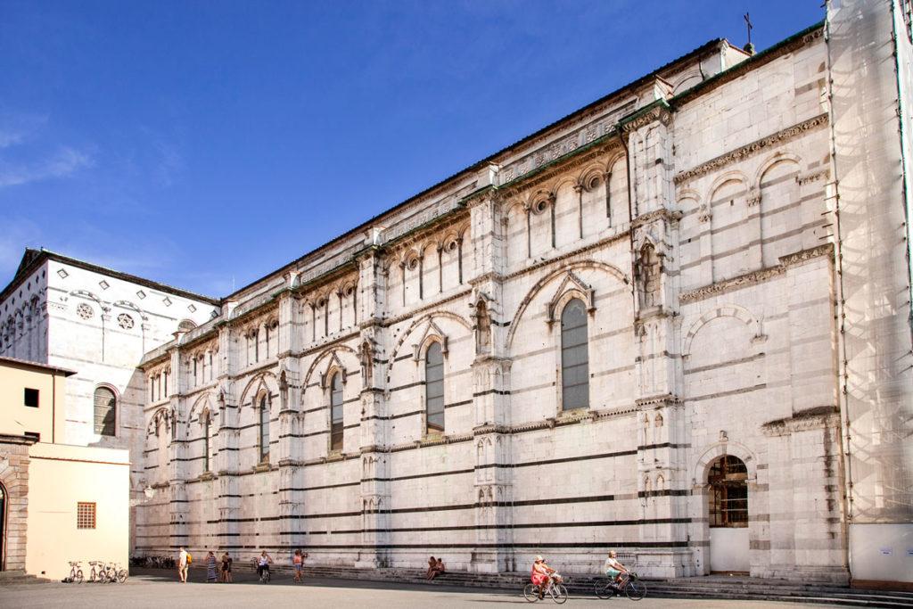 Fianco del Duomo di Lucca - Cattedrale di San Martino