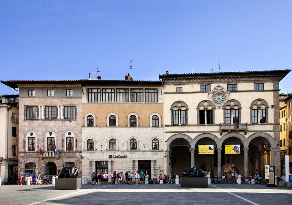 Palazzo Pretorio in Piazza San Michele a Lucca