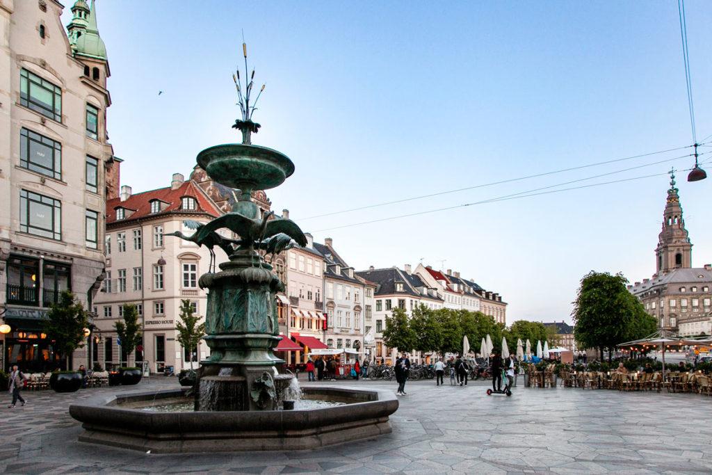 Piazza Amagertov e Fontana delle Cicogne - Copenaghen