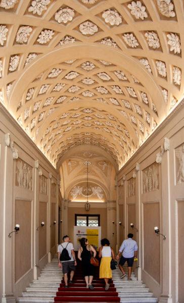 Scalone di Ingresso al palazzo Ducale