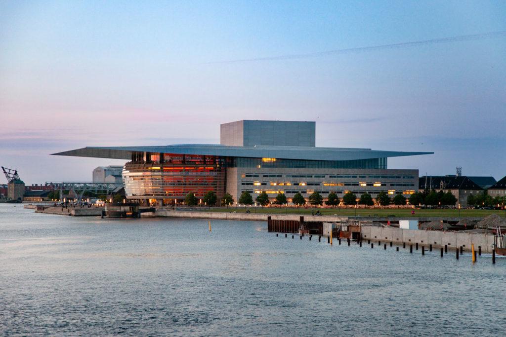 Teatro dell Opera di Copenaghen di sera - Operaen