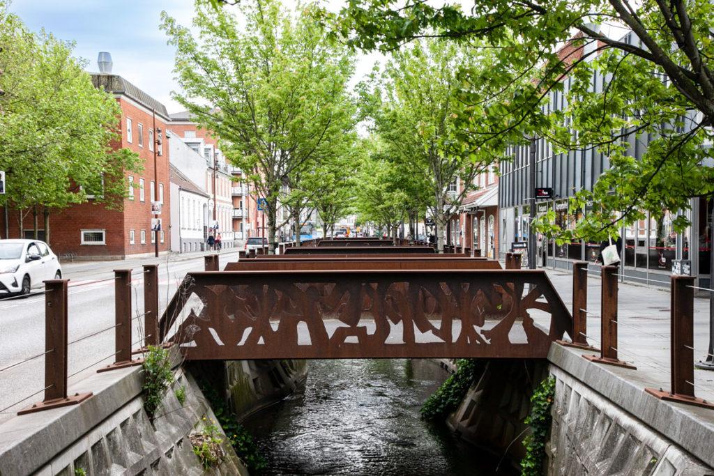8 ponti in ferro sul torrente in Vestergade