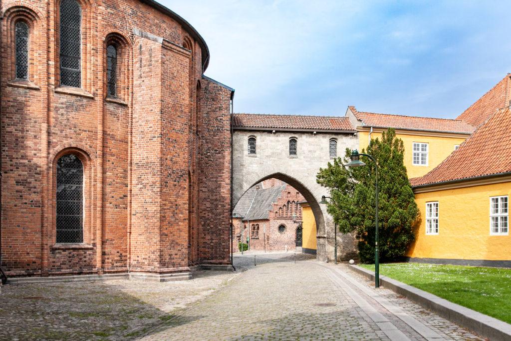 Arco di Absalon tra Cattedrale e Palazzo Vescovile