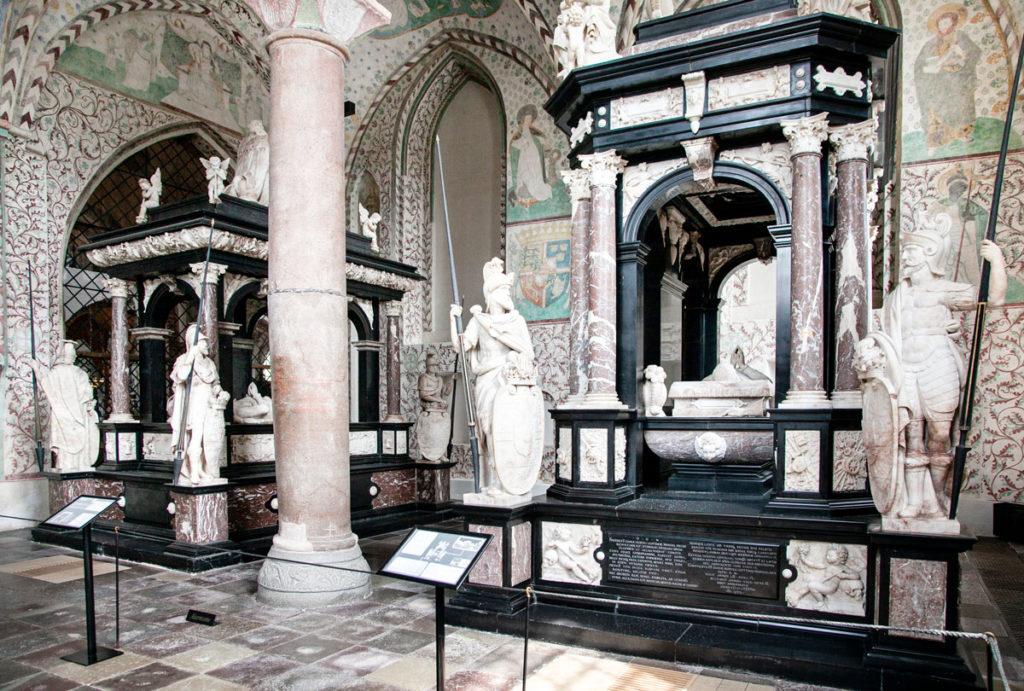 Cappella dei Re Magi o Cappella di Cristiano I - Statue e Affreschi