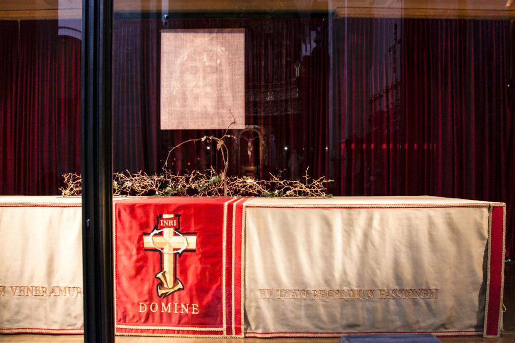 Cappella della Sacra Sindone dentro al duomo di Torino