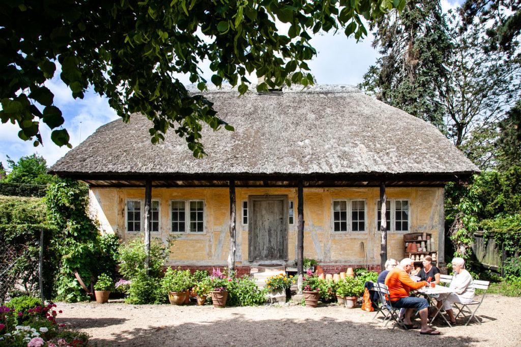 Casa in gratticcio e tetto in paglia - Den Gamle By