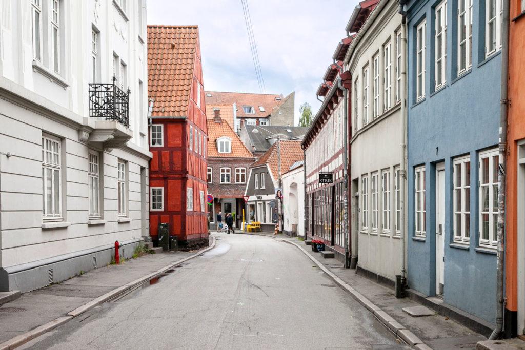 Case colorate nel quartiere latino di Aarhus