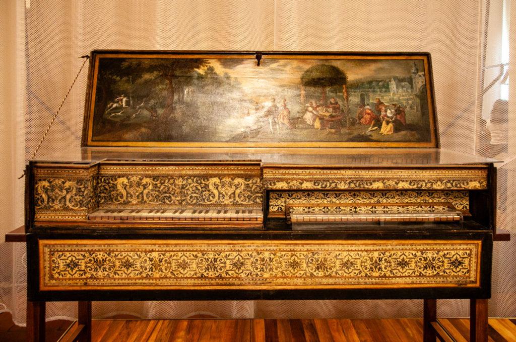 Doppio Virginale Fiammingo di inizio XVII secolo - Museo degli Strumenti Musicali castello sforzesco