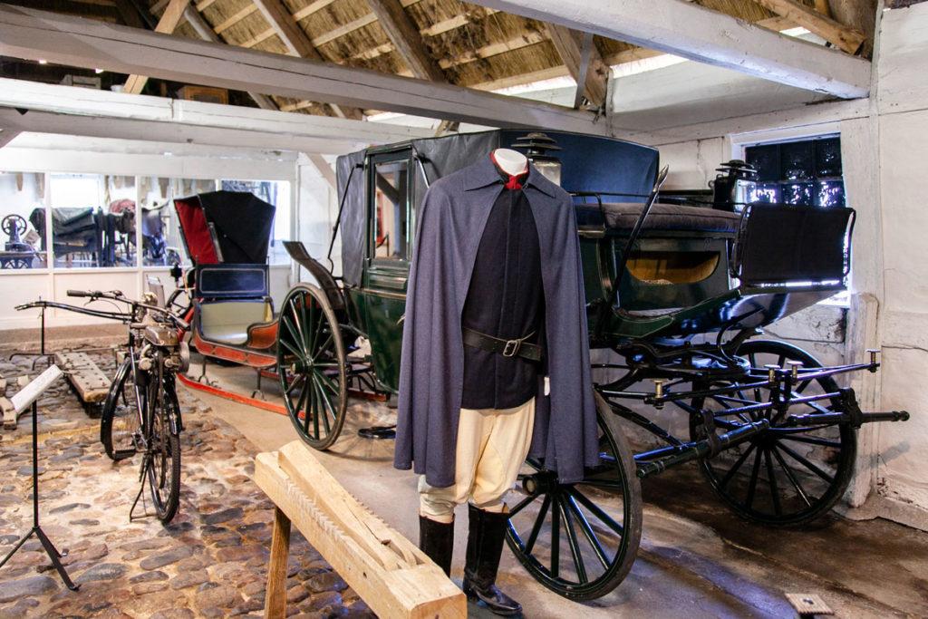 Esposizione su uomo e macchine - Vecchia carrozza