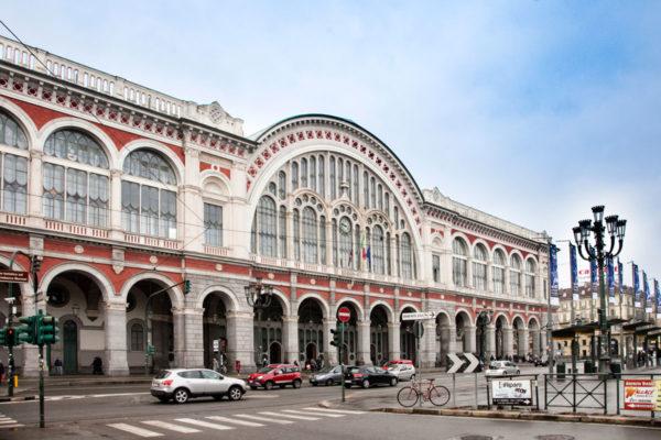 Facciata Stazione di Porta Nuova di Torino
