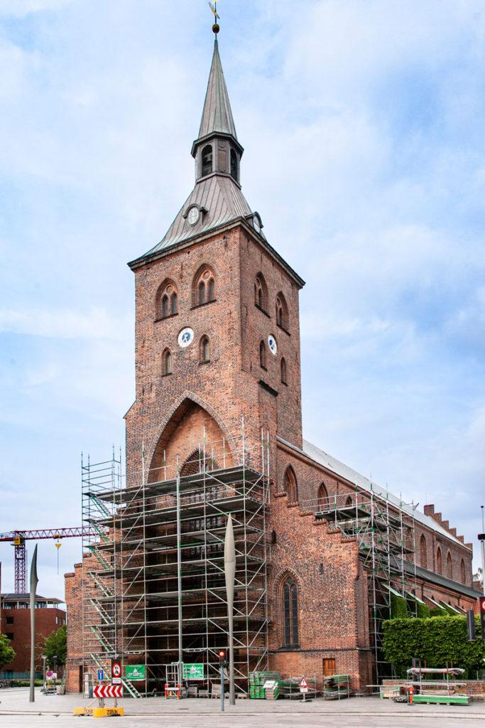 Facciata esterna e Torre della Cattedrale di San Canuto - Odense