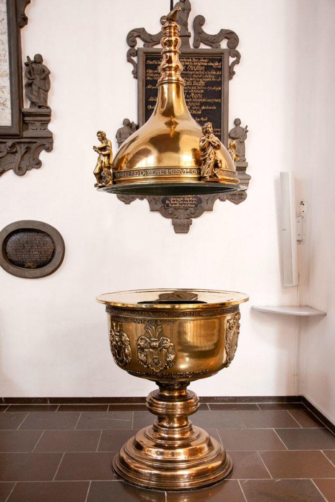 Fonte battesimale del 1619 - Vor Frue Kirke