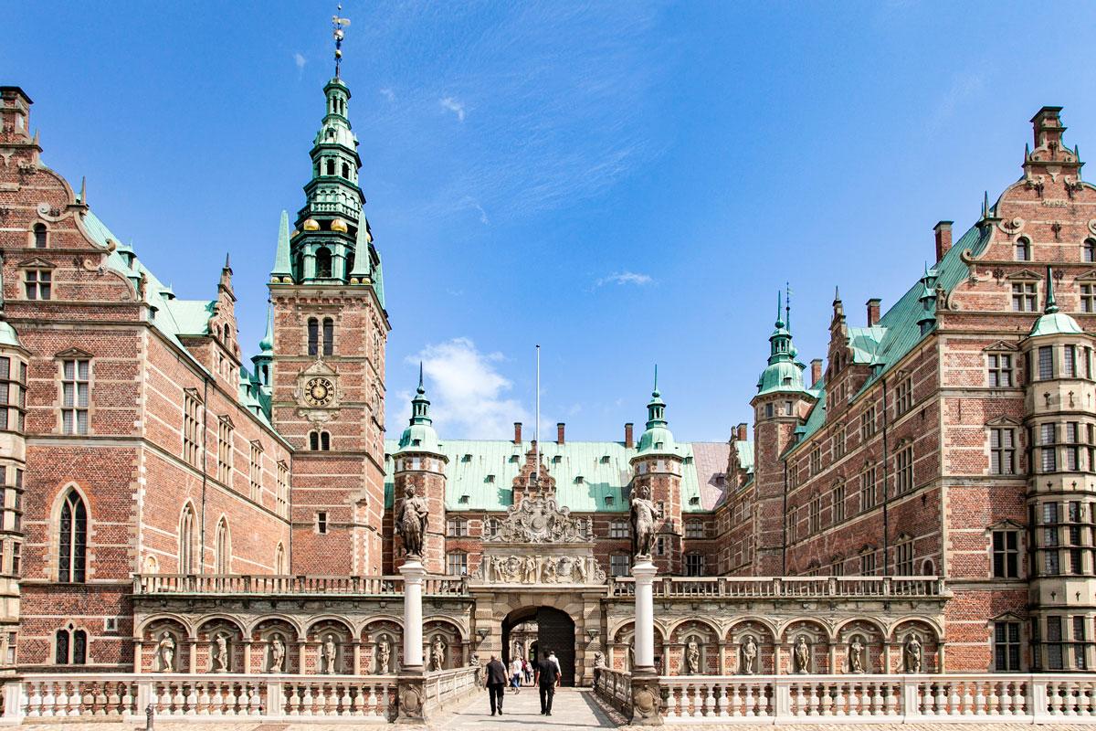 Frederiksborg Slot - Più Grande Edificio Rinascimentale del Nord Europa