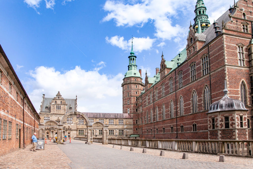 Frederiksborg Slot e Porte di ingresso al Parco del castello